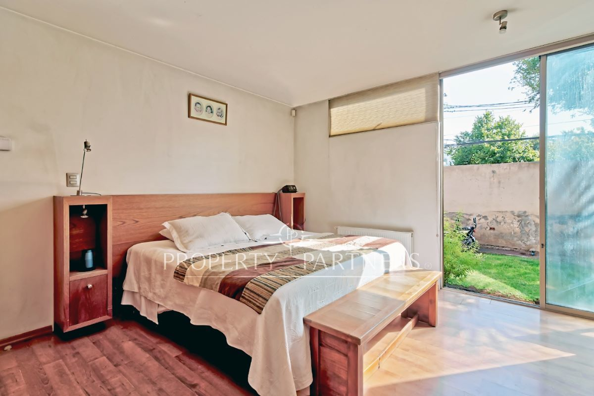 9 de 18: Dormitorio principal