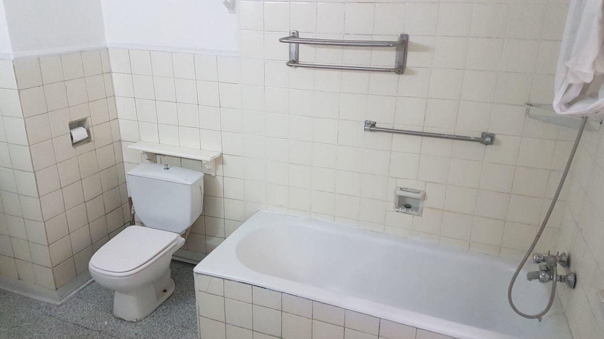 4 de 9: Baño