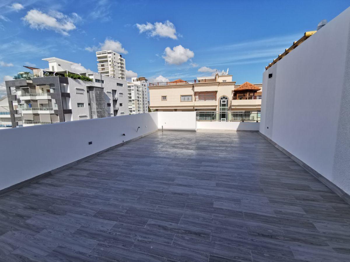 2 de 22: Terraza privada 2ndo nivel