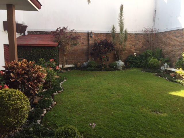 4 de 17: Jardín