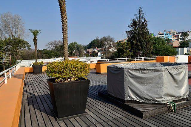 24 de 28: Roof garden con jacuzzi exterior