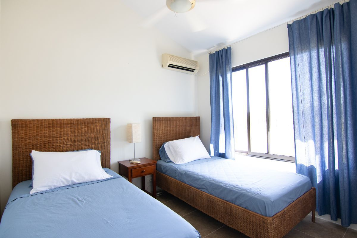 6 of 15: 2nd bedroom