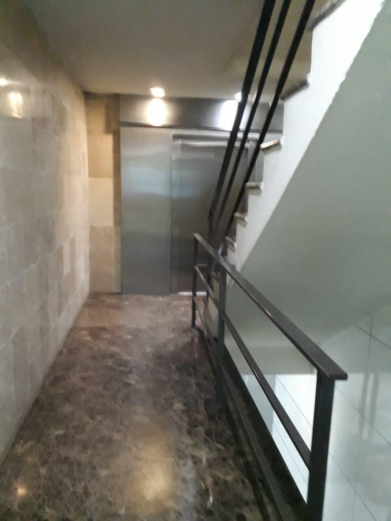 6 de 7: Servicio de elevadora a pisos.