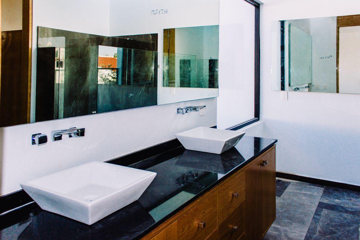 23 de 30: Baño principal