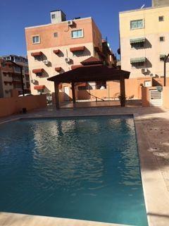 2 de 8: Area c.omun con gazebo y piscina