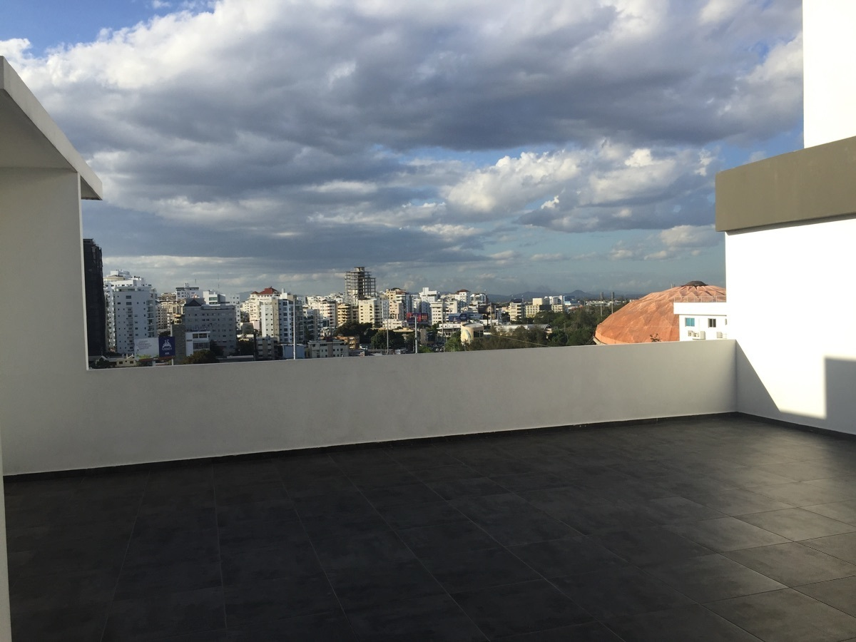 13 de 16: terraza de uso multiple