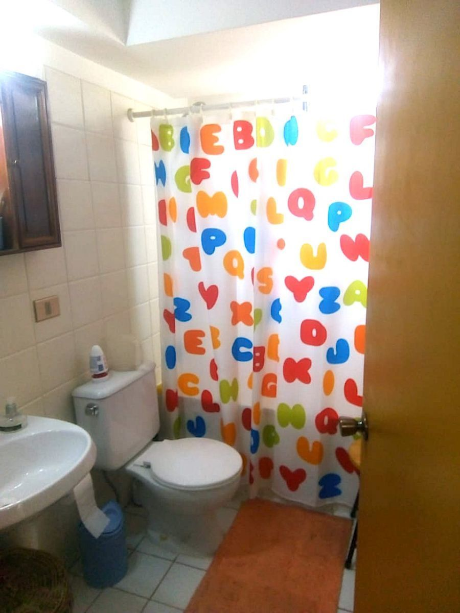 10 de 20: Baño primer piso
