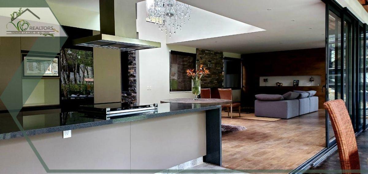 4 de 18: Concepto abierto. Se integra Interior con terraza con Jacuzz