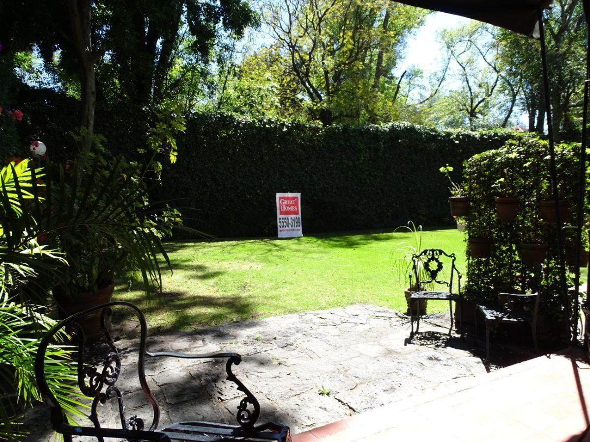 2 de 13: Terraza que se integra al jardín
