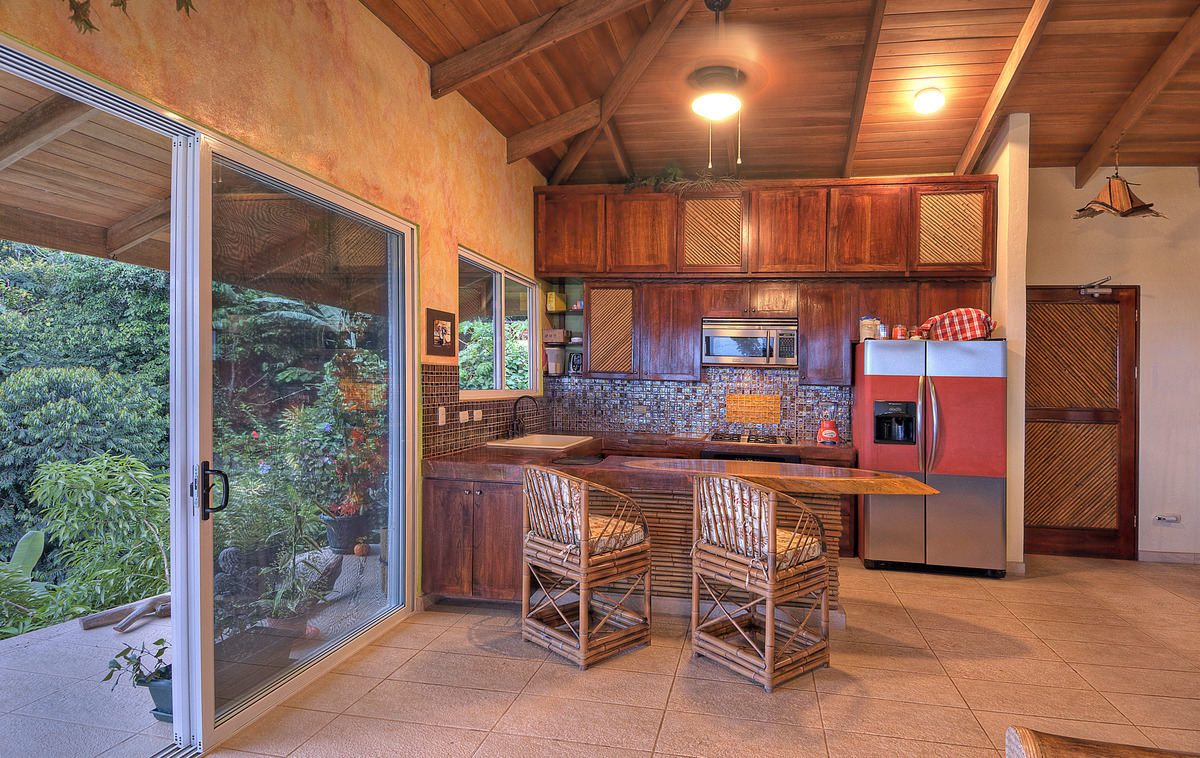 9 de 11: Both upper and lower casitas feature kitchens and bathrooms.