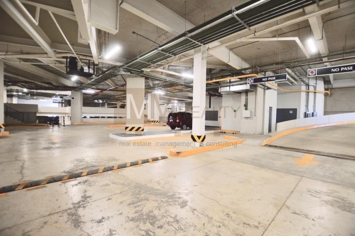 22 de 35: estacionamientos