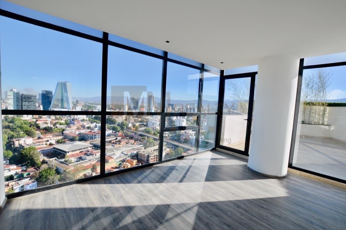 27 de 35: estancia con hermosa vista y terraza