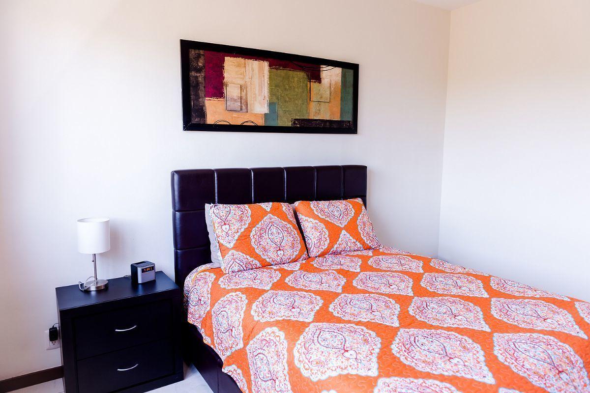 11 of 32: secondary bedroom