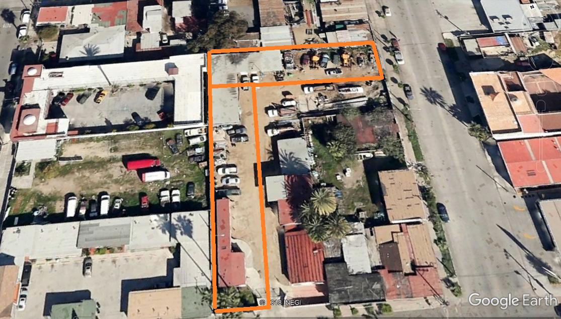 8 de 8: Área Rentable 705+606 m2= 1311 m2
