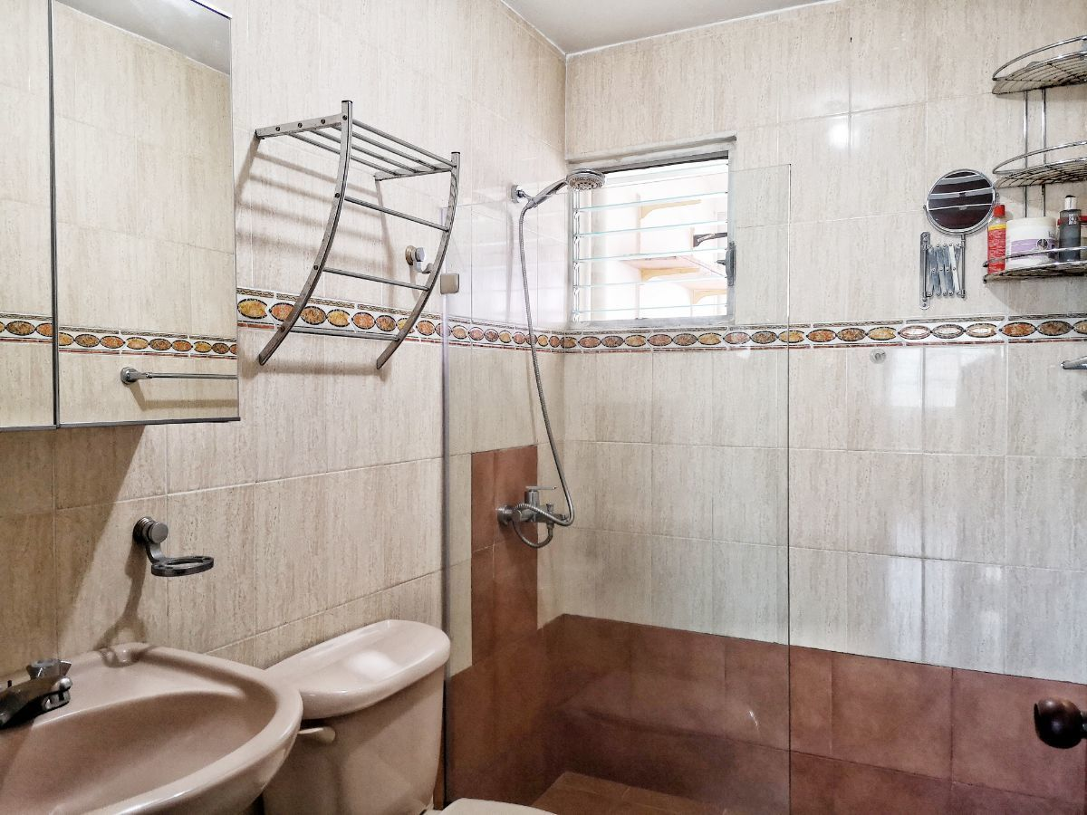 12 de 21: Baño Hab. Principal