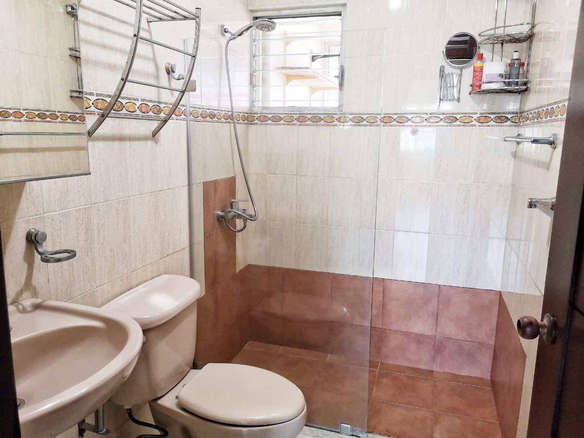 15 de 21: Baño de 2da hab. Principal