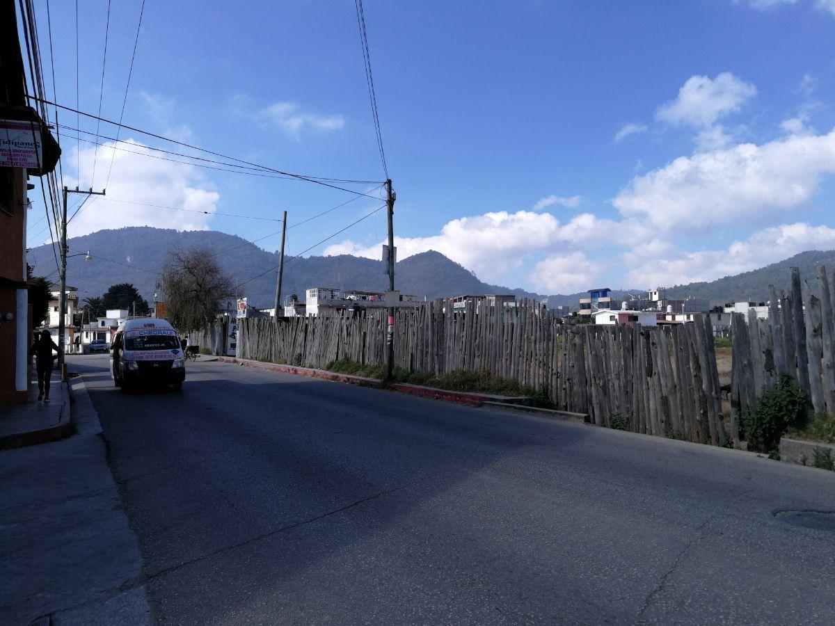 2 de 5: Vista lateral.Ave. Aguascalientes Nte.