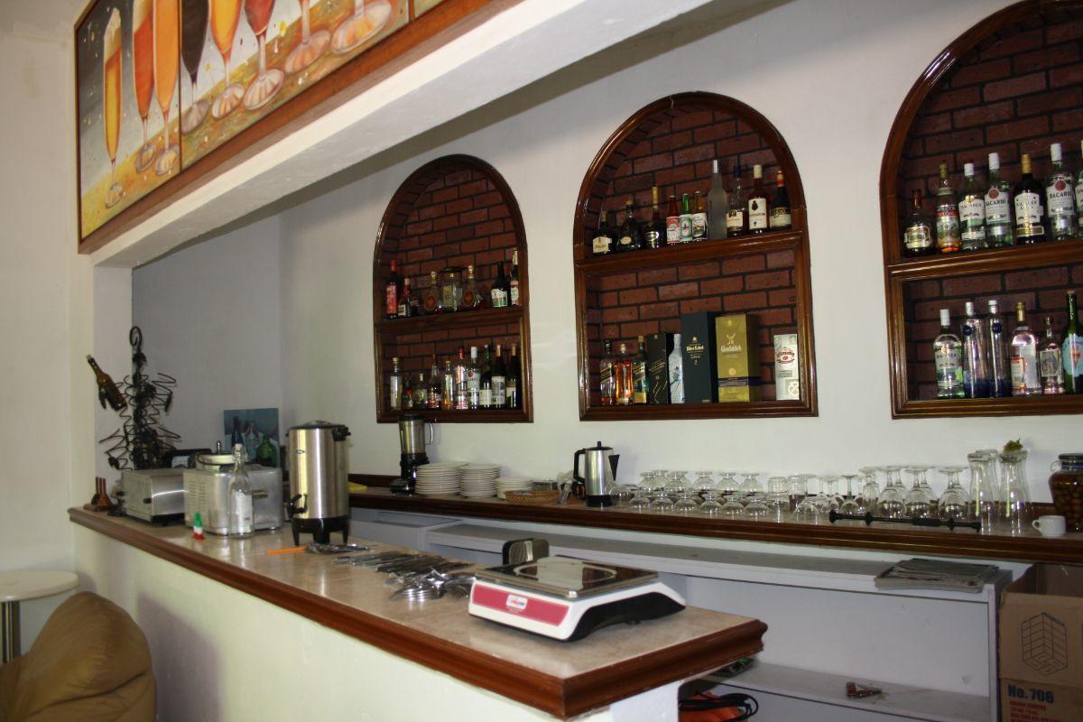 22 de 35: Barra de bar
