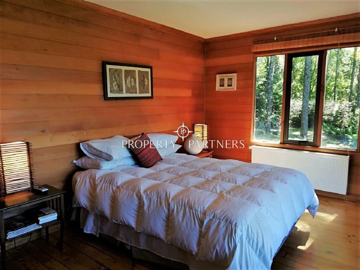 16 de 34: Dormitorio principal