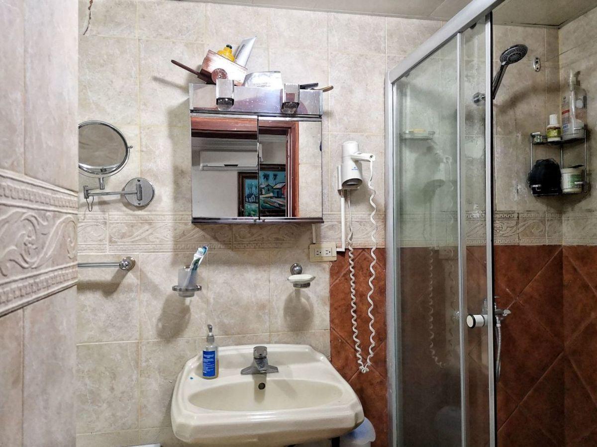 6 de 17: Baño Hab. Principal