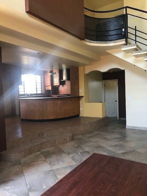 7 de 25: Sala casa en renta en Colonia Obrera