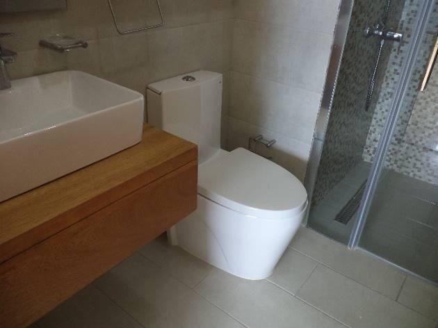 10 de 22: Terminación de los baños