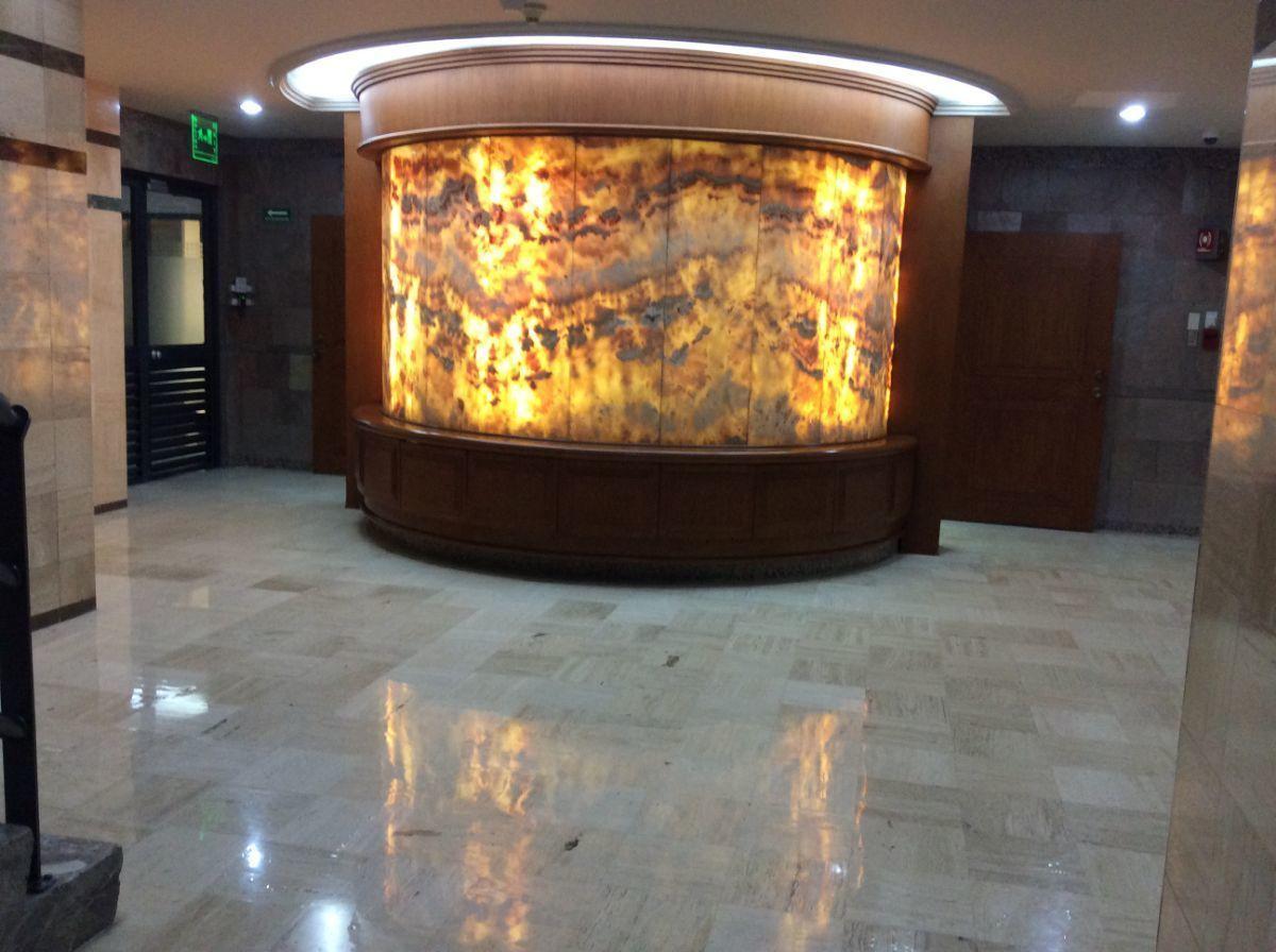 2 de 14: área de elevadores