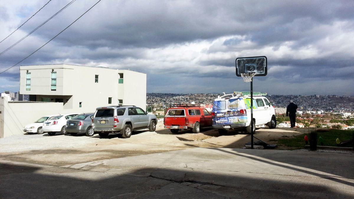 7 de 17: Terrenos en Venta en Avenida de Las Ferias PMR-413