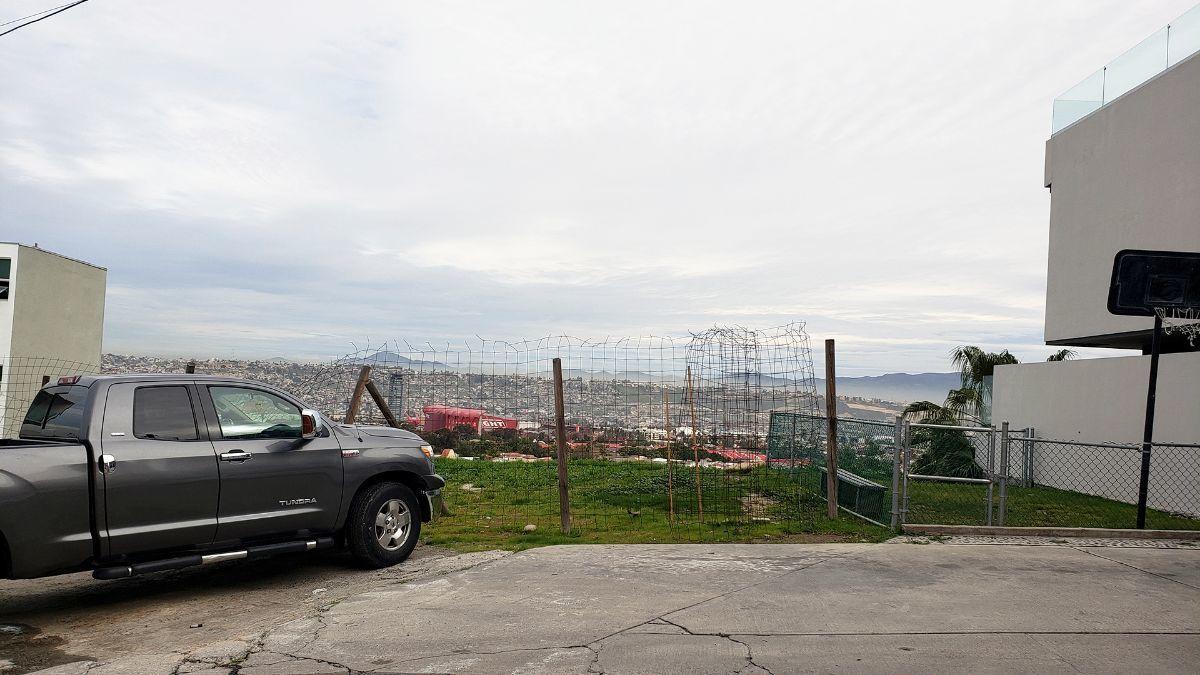 14 de 17: Terrenos en Venta en Avenida de Las Ferias PMR-413