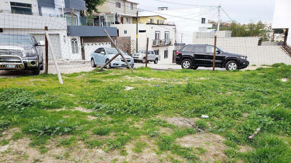 15 de 17: Terrenos en Venta en Avenida de Las Ferias PMR-413