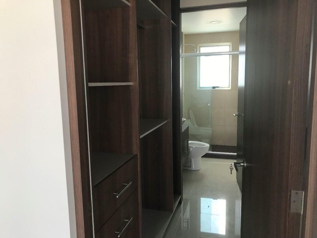 2 de 11: habitacion principal con vestidor