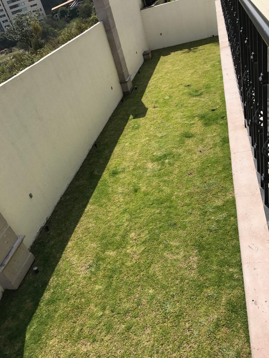 14 de 48: jardín privado