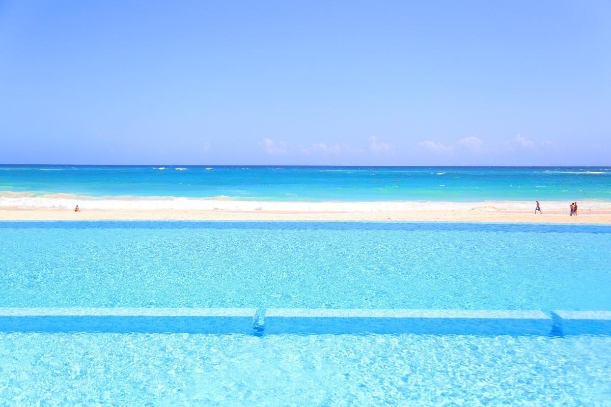 3 de 7: Playa de aguas cristalinas