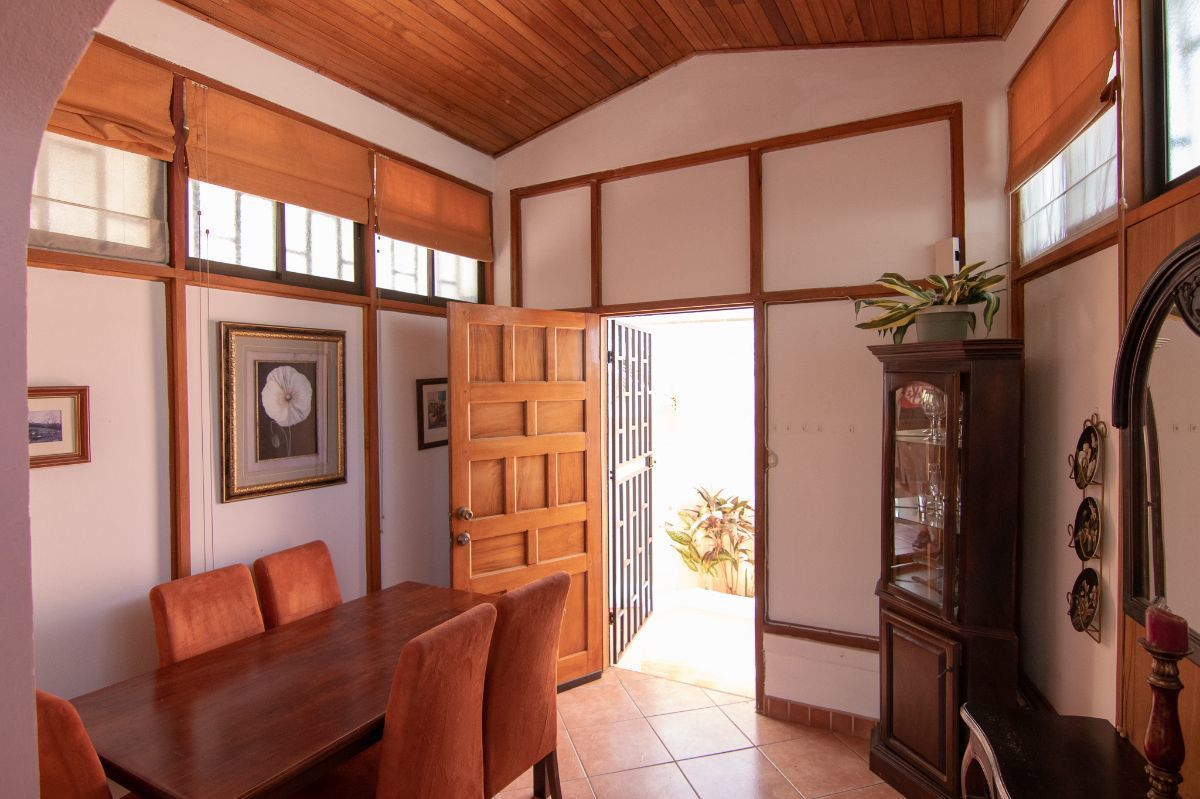 1 of 19: Dining room