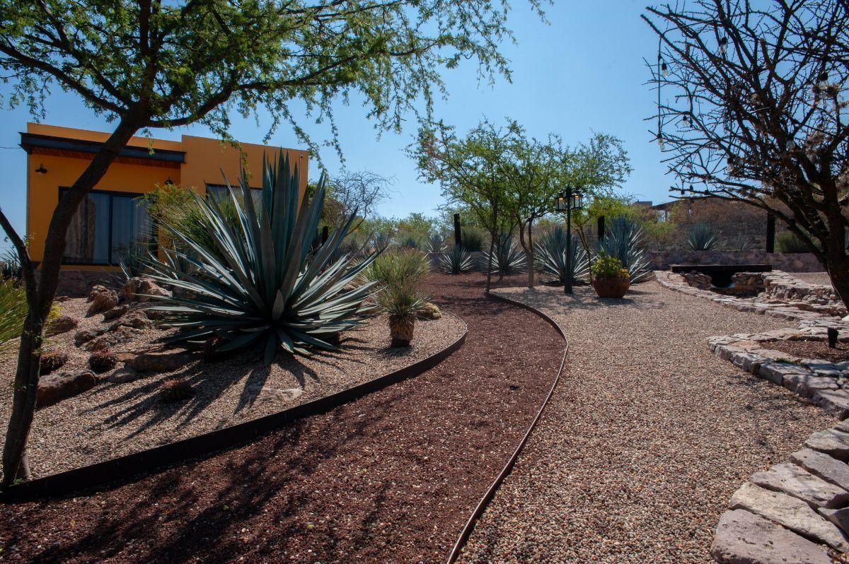 12 of 30: Caminos de piedra ideales para relajarse
