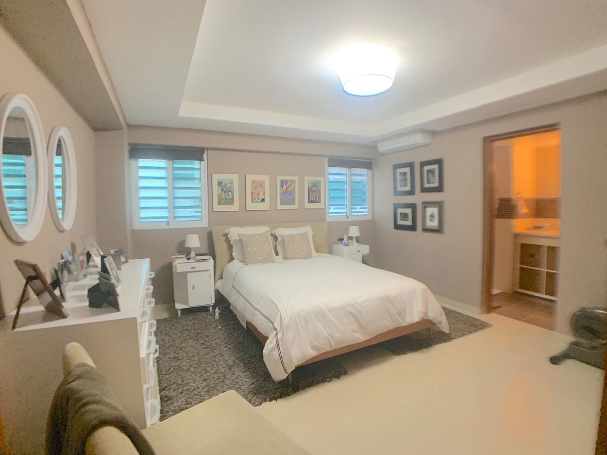 11 de 17: Habitación principal con Walk-in closet y buena ventilación