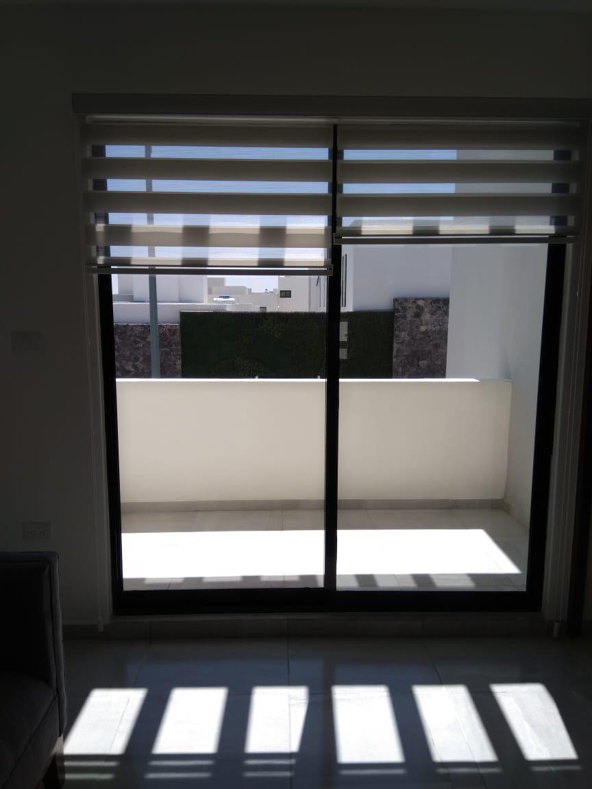 17 de 19: Balcón