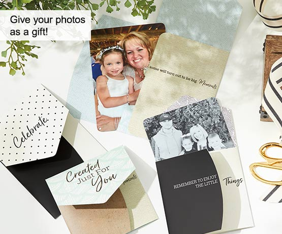 Give your photos as a gift!