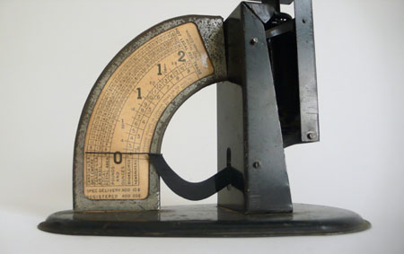 vintage black postal scale by hindsvik