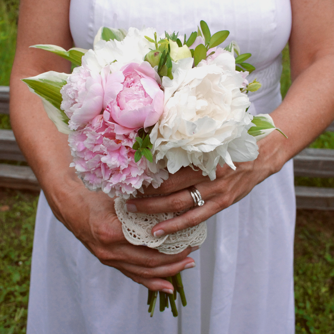 On the Cheap: Peonies Wedding Bouquet - Paper and Stitch