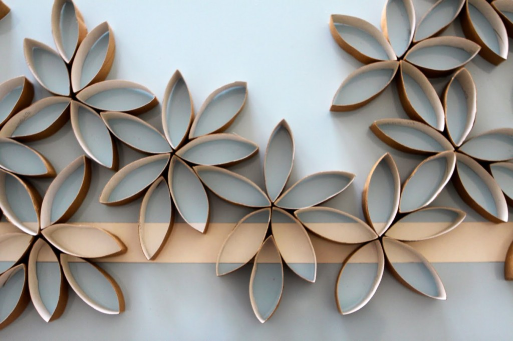I ... & Flower Wall Art DIY - Paper and Stitch