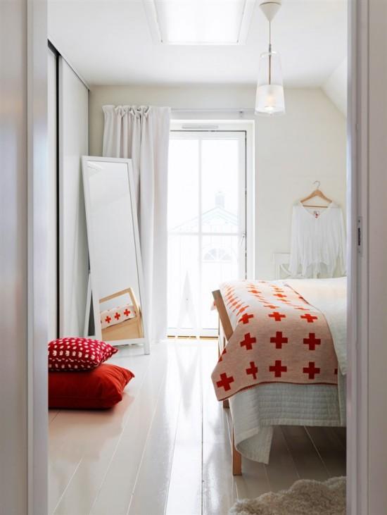 Bedroom pop of red