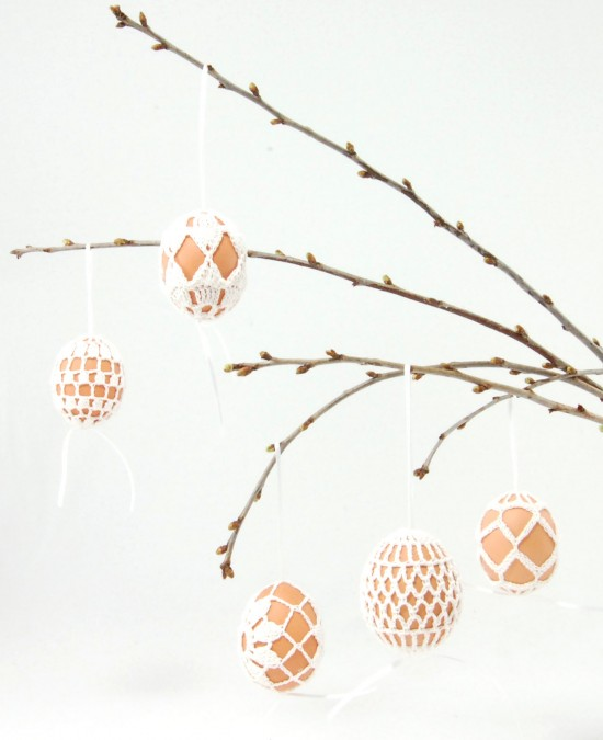 decorated easter egg diy: crochet eggs