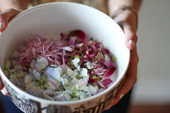 bowl-of-flower-confetti