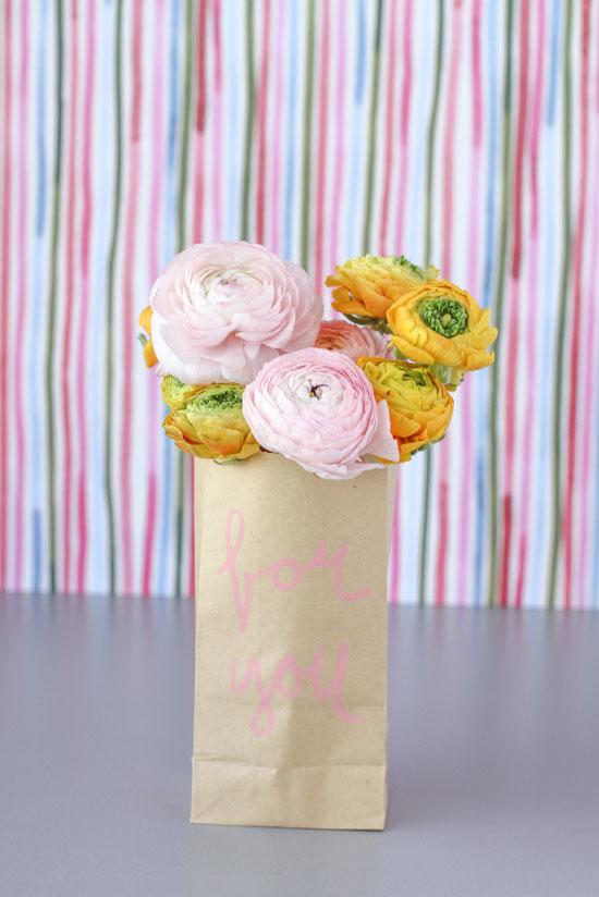 DIY // last minute gift - paper flower sack