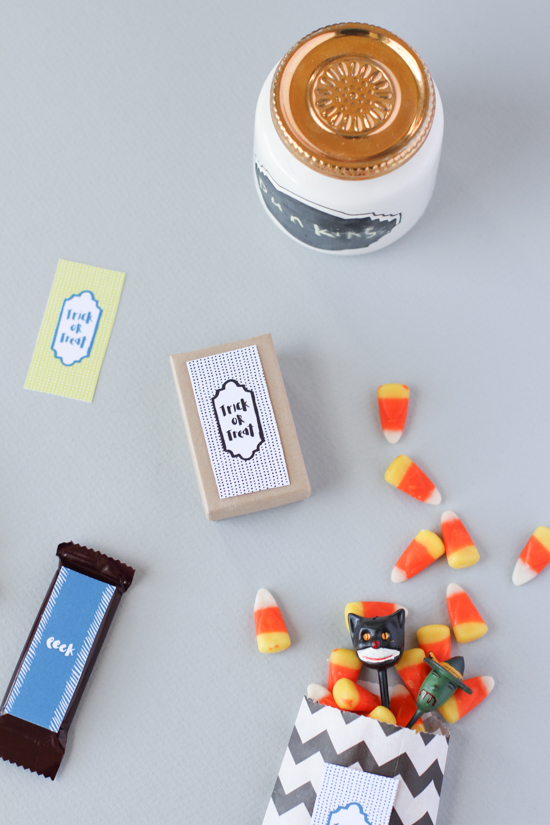 Candy Halloween Printables (free download)