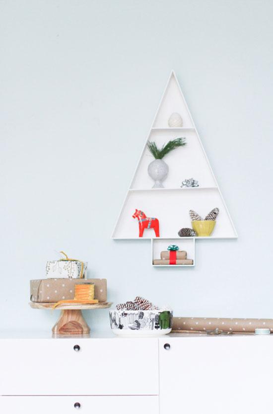 Holiday Wall Art Project // Wood Storage Shelf