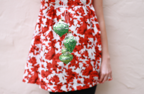 ombre glitter ornaments tutorial