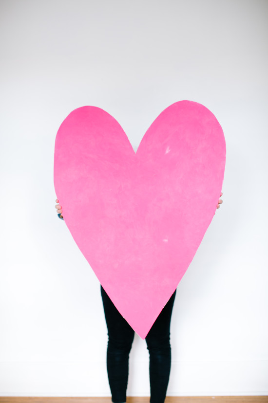 Valentine's Day DIY // giant heart art