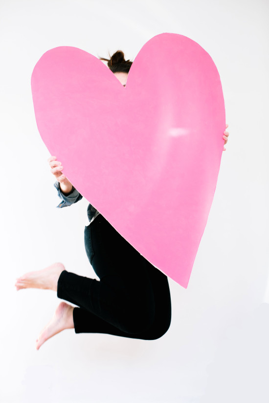 Valentine DIY // giant heart art